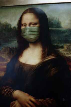 mona lisa with face mask